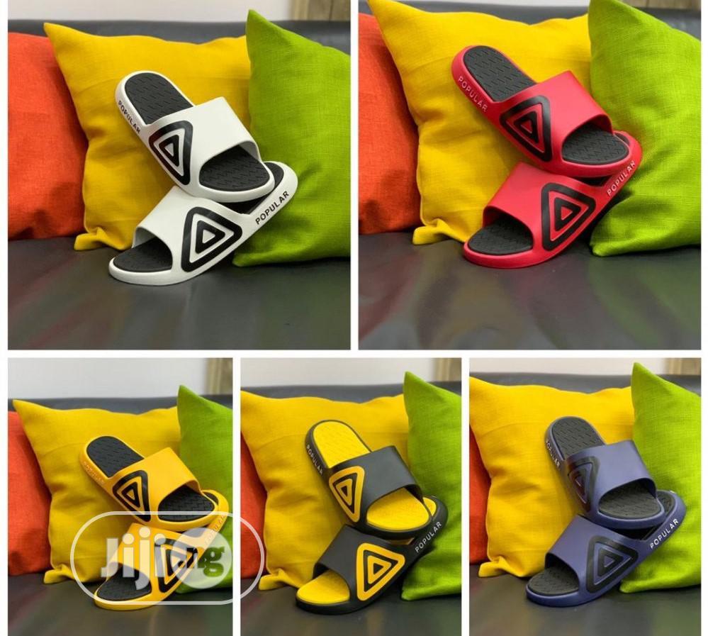 Popular Slippers - Adidas D111