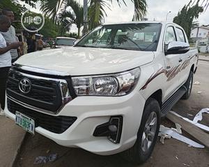 Toyota Hilux 2014 SR5 4x4 White   Cars for sale in Lagos State, Amuwo-Odofin