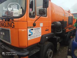 European Used 13000ltrs 6 X 4 Sewage Tank Truck 4sale | Trucks & Trailers for sale in Lagos State, Amuwo-Odofin