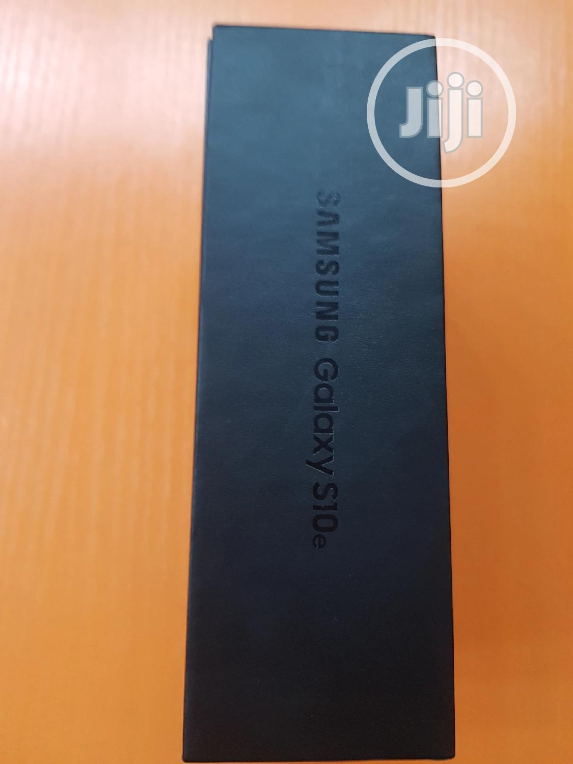 New Samsung Galaxy S10e 128 GB Black | Mobile Phones for sale in Ikeja, Lagos State, Nigeria