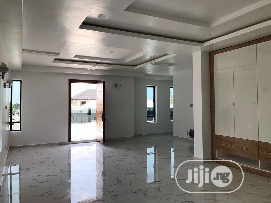 Archive: Newly Built 5 Bedroom Duplex For Sale