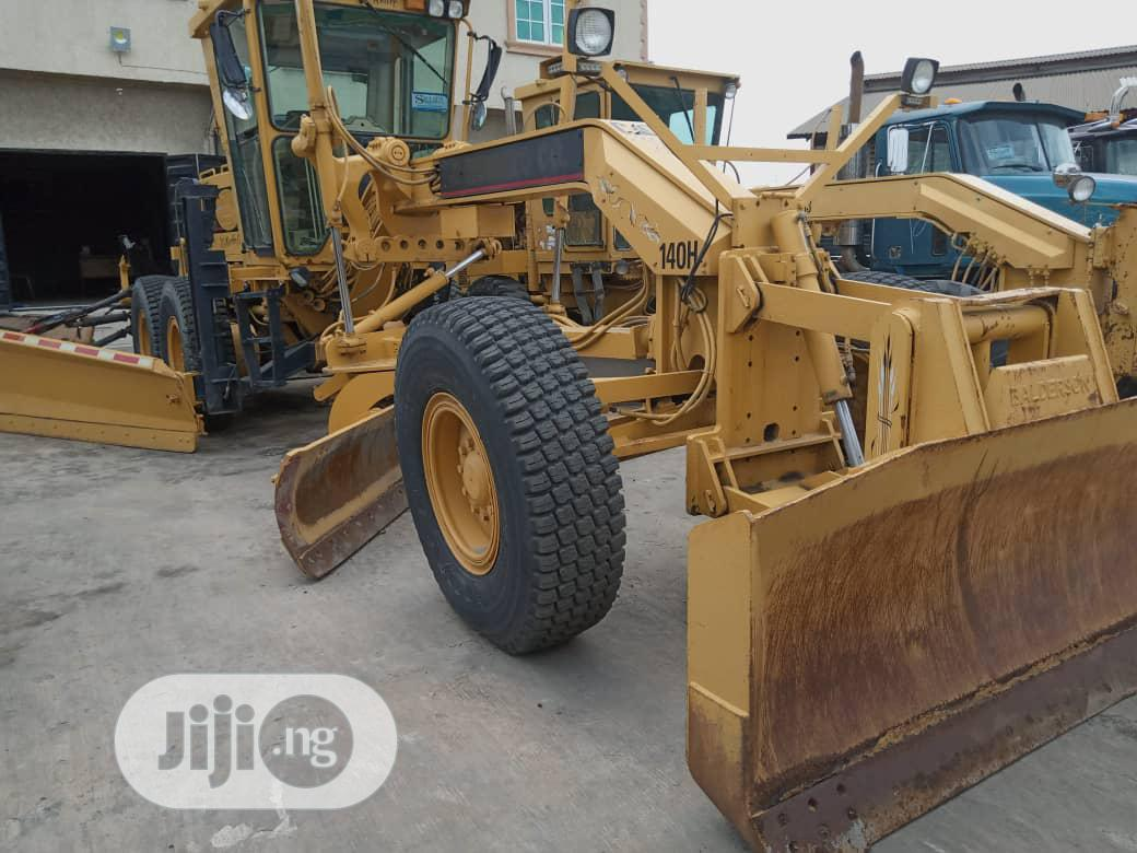 140H Grader 1998 For Sale | Heavy Equipment for sale in Amuwo-Odofin, Lagos State, Nigeria