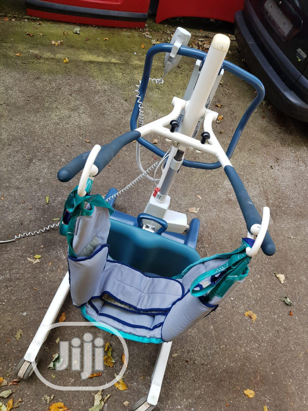 Invacare 200kg Mobile Hoist | Tools & Accessories for sale in Surulere, Lagos State, Nigeria