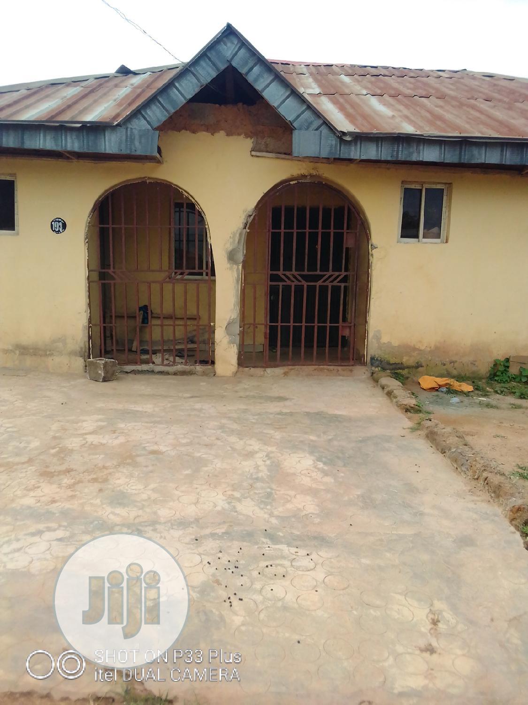Available Three Bedroom At Alakuta Lane 7 Idunnu Avenue