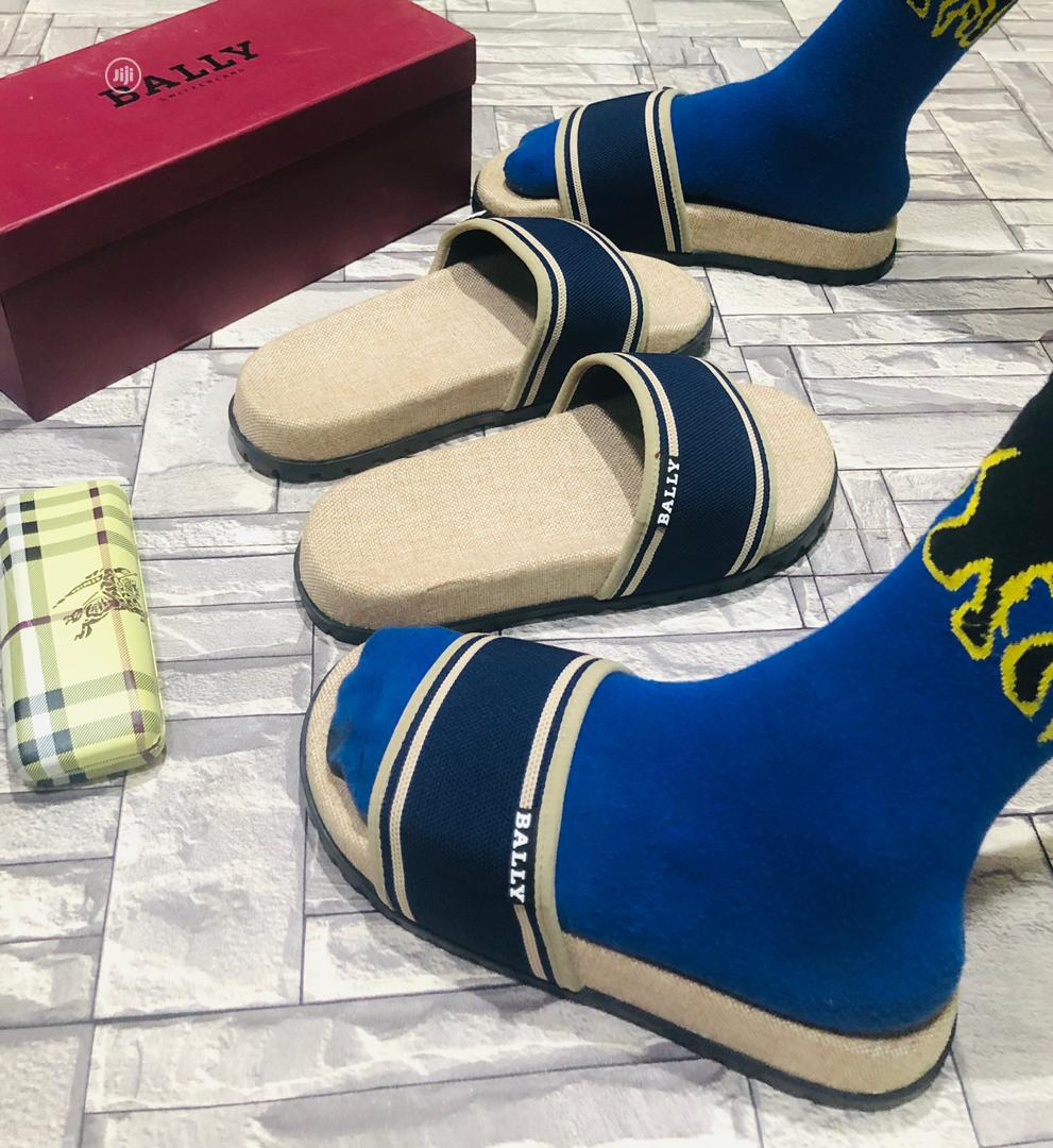 Archive: Palm Slippers