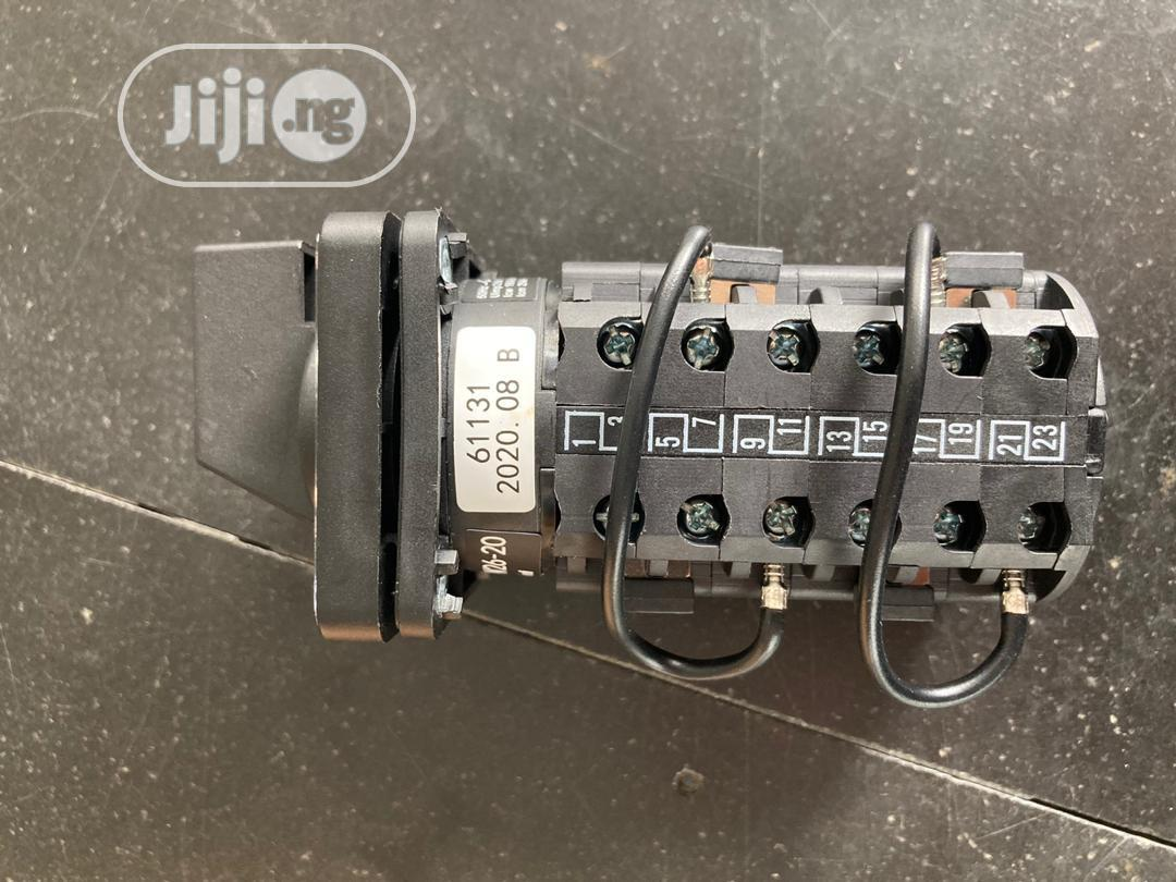 Cam Switch 6poles 20amps