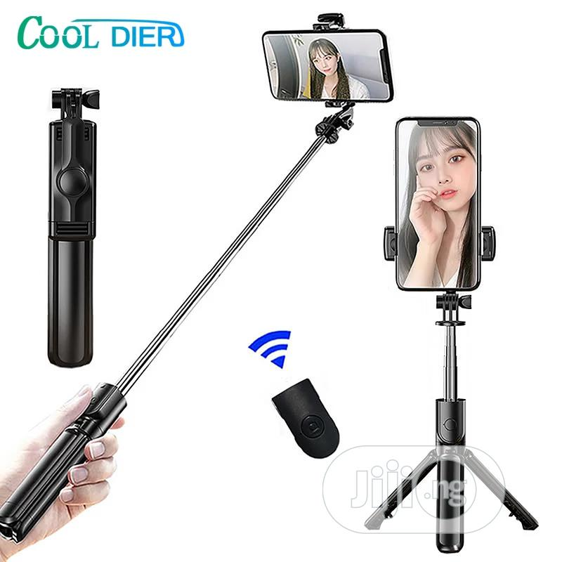 Archive: Wireless Bluetooth Selfie Stick Expandable Mini Tripod