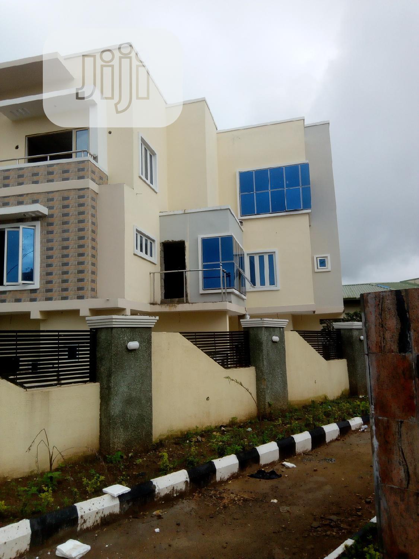 Archive: 4 Bedroom Urban Terrace Duplex To Let In Garki.