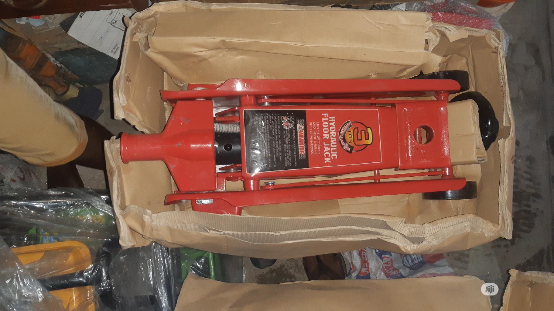 3 Ton Floor Jack | Vehicle Parts & Accessories for sale in Lagos Island (Eko), Lagos State, Nigeria