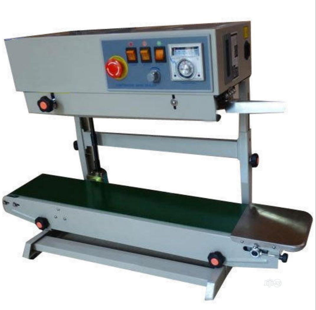 Flatbelt Continuous Sealing Machine