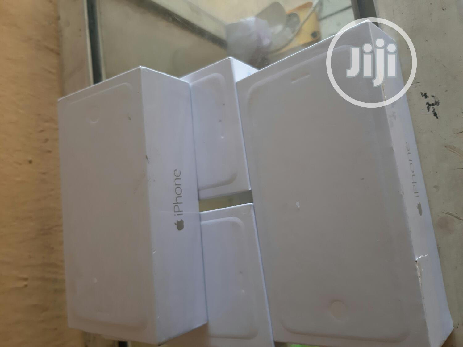 New Apple iPhone 6 Plus 16 GB Gold   Mobile Phones for sale in Ibadan, Oyo State, Nigeria