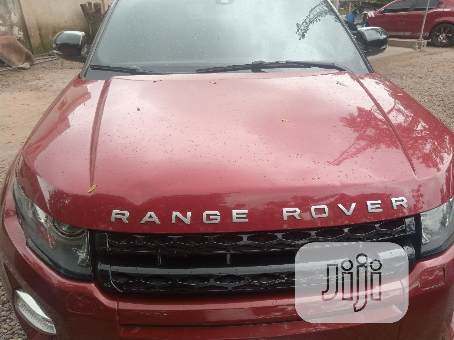 Archive: Land Rover Range Rover Evoque 2013 Pure Plus AWD Red