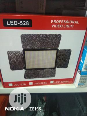 LED 528 Video Light Professional   Accessories & Supplies for Electronics for sale in Lagos State, Ikeja