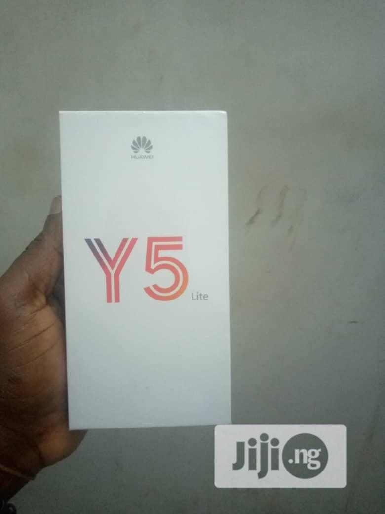 New Huawei Y5 Lite 16 GB Black
