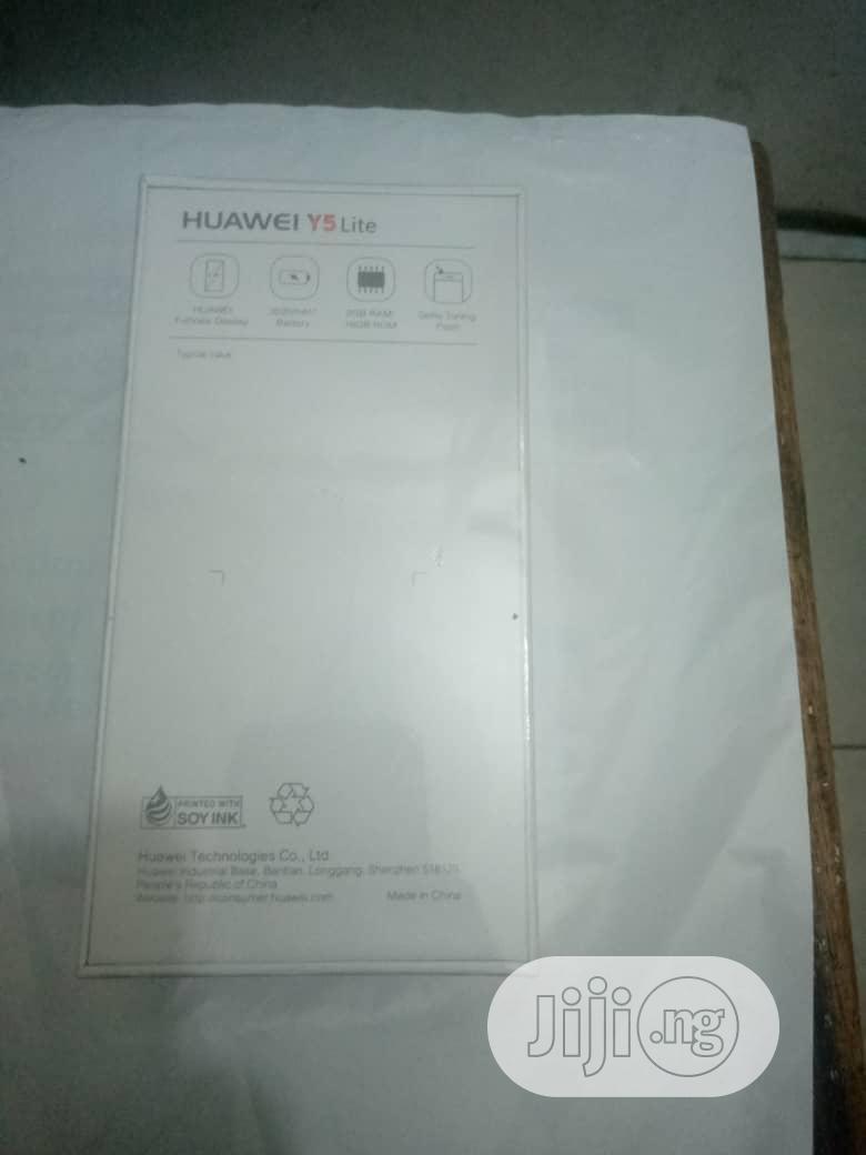 New Huawei Y5 Lite 16 GB Black   Mobile Phones for sale in Ikeja, Lagos State, Nigeria