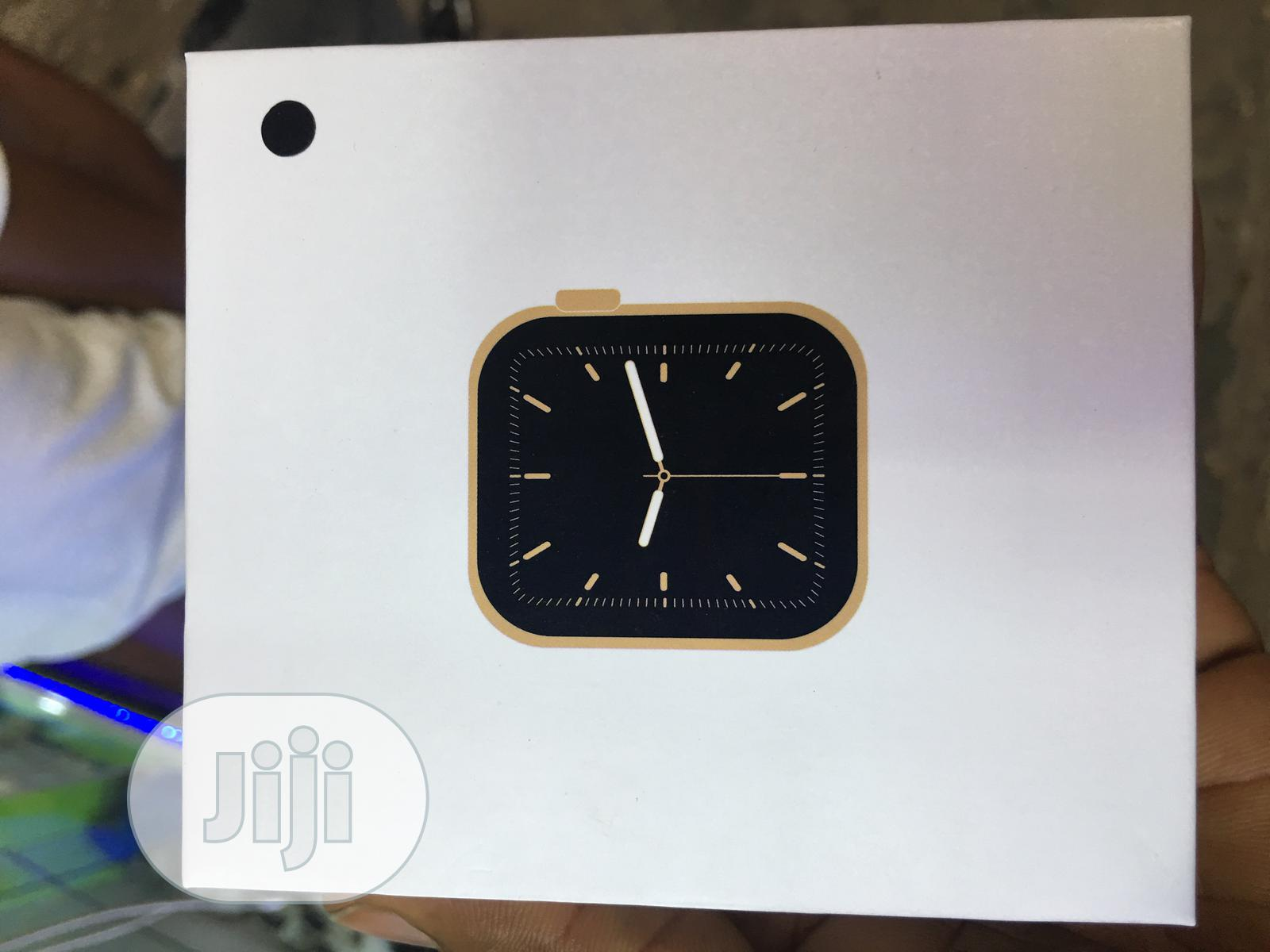 Apple Series 6 Smartwatch | Smart Watches & Trackers for sale in Ikeja, Lagos State, Nigeria
