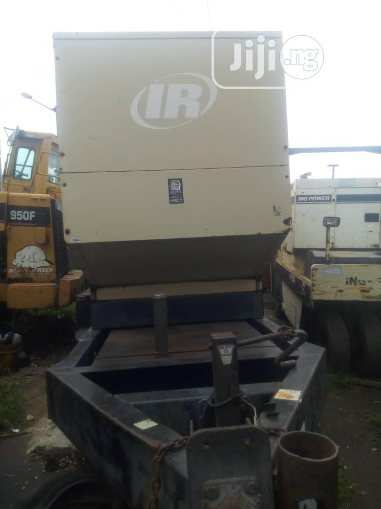 Clean 550KVA Come With 6 Cylinder Volvo Engine