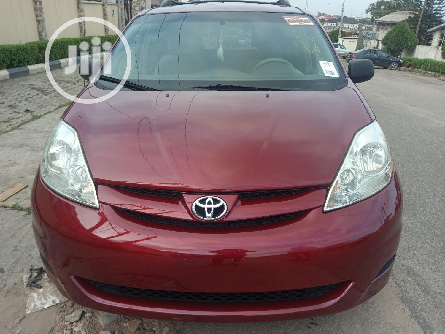 Toyota Sienna 2006 LE AWD Red
