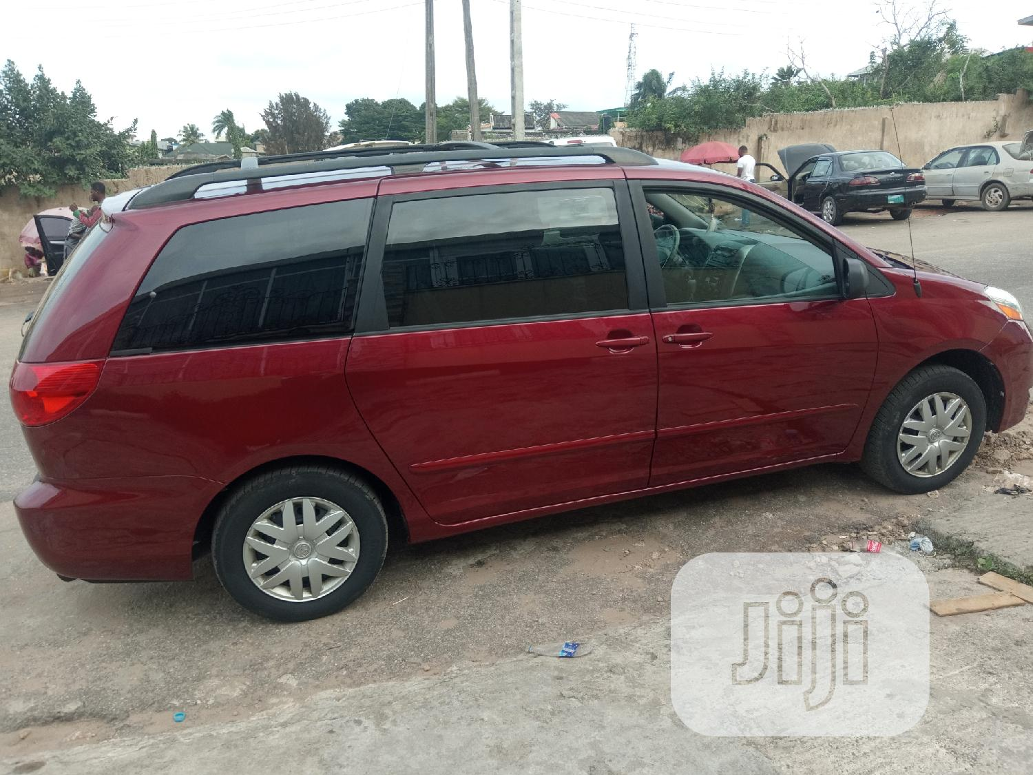 Toyota Sienna 2006 LE AWD Red | Cars for sale in Kosofe, Lagos State, Nigeria