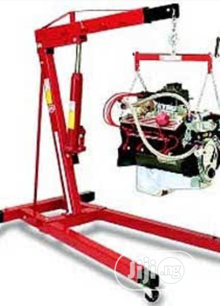 Workshop And Engine Crane
