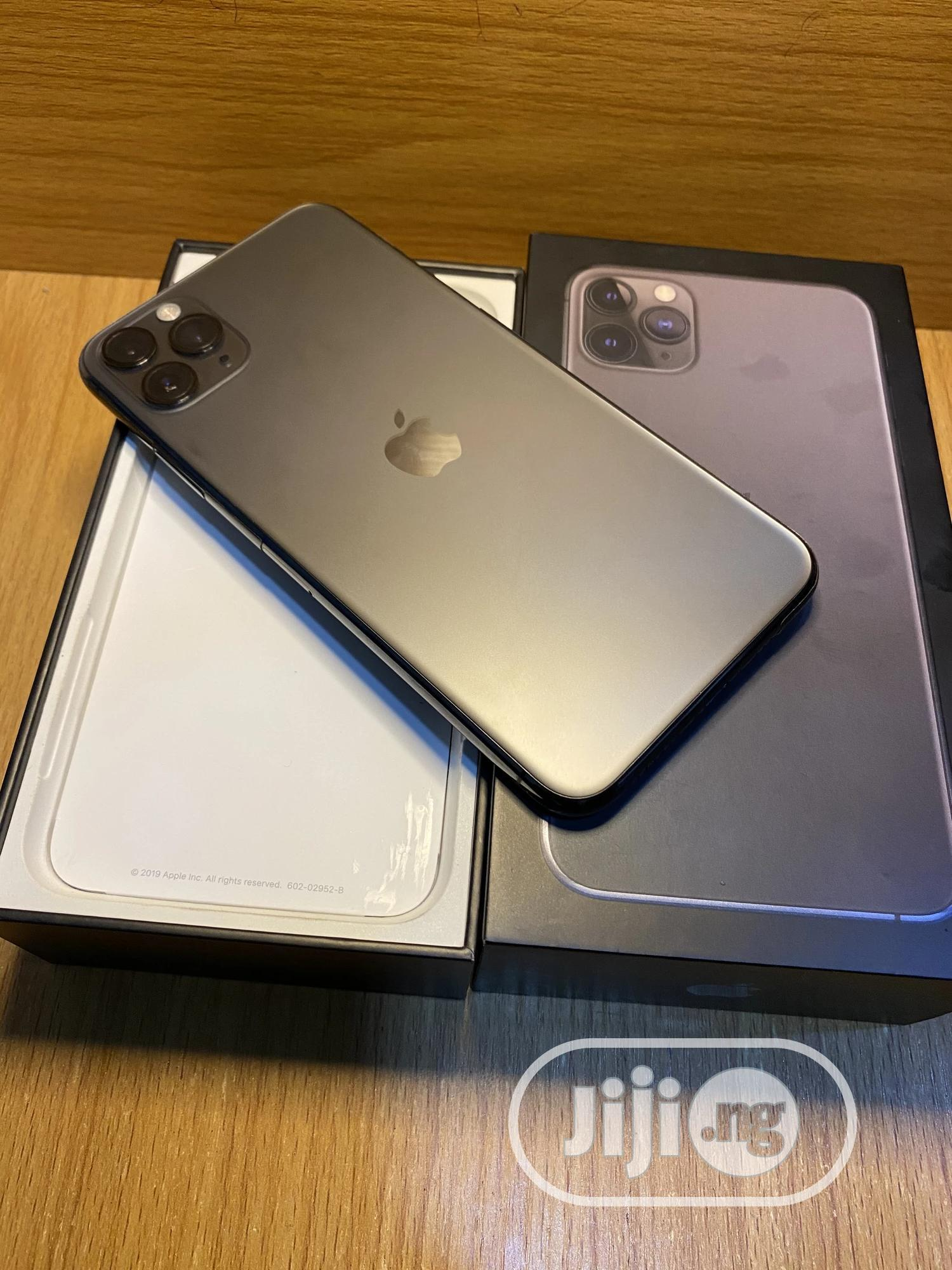 Apple iPhone 11 Pro Max 64 GB Gray