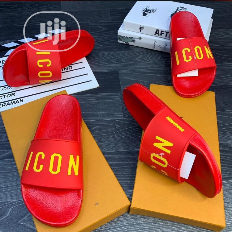 Icon Fashionable Slippers