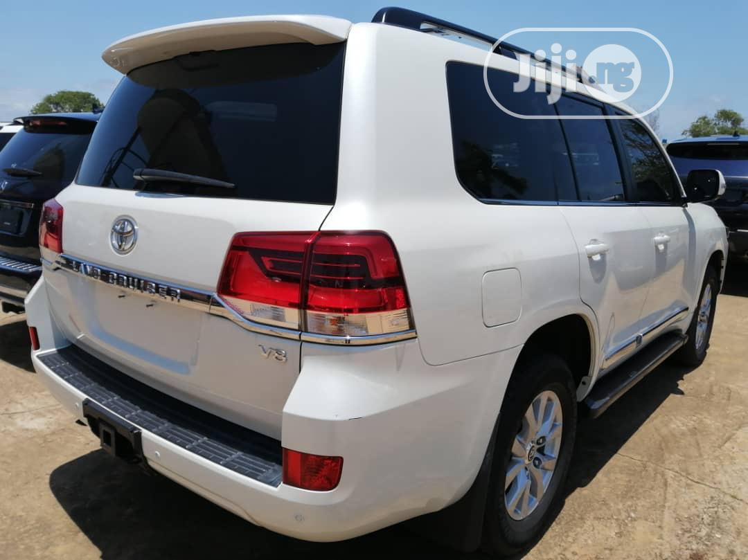 New Toyota Land Cruiser 2019 White | Cars for sale in Gwarinpa, Abuja (FCT) State, Nigeria
