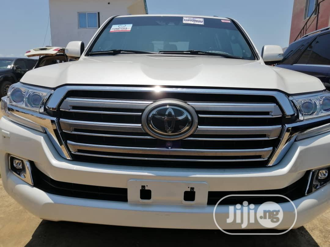 New Toyota Land Cruiser 2019 White