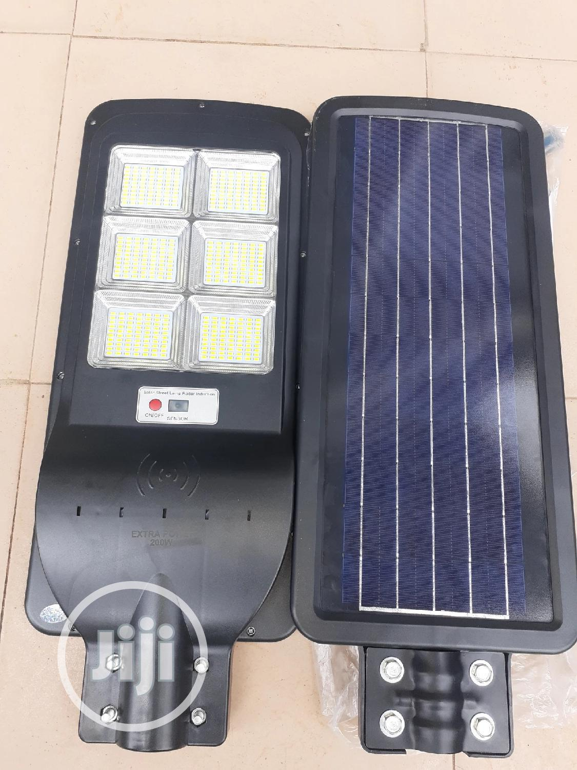 200w All in One Solar Street Lights Is Available.
