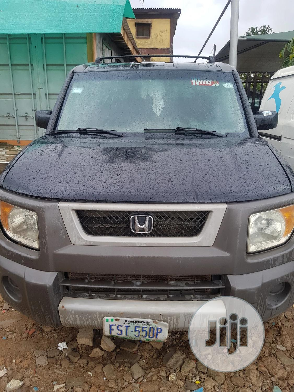 Honda Element 2003 Black