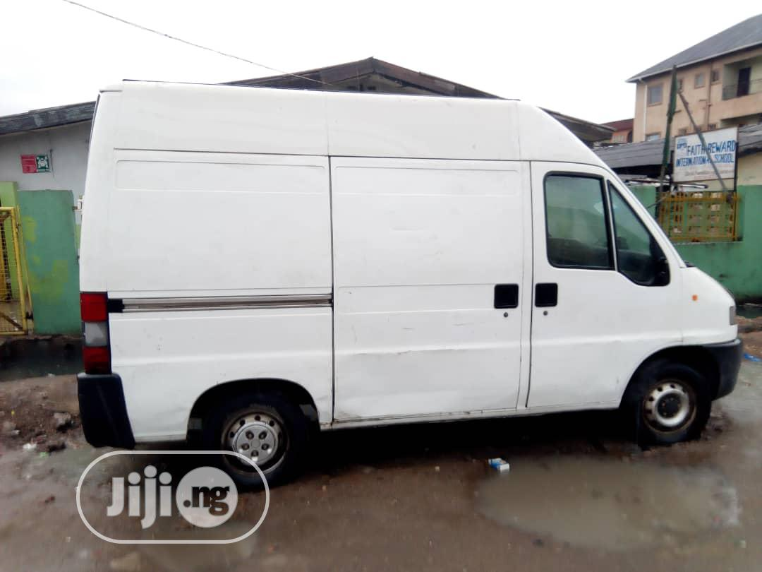 Citreon Jumper 2000 White | Buses & Microbuses for sale in Ikeja, Lagos State, Nigeria