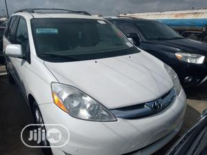 Toyota Sienna 2009 XLE Limited FWD White   Cars for sale in Lagos State, Apapa