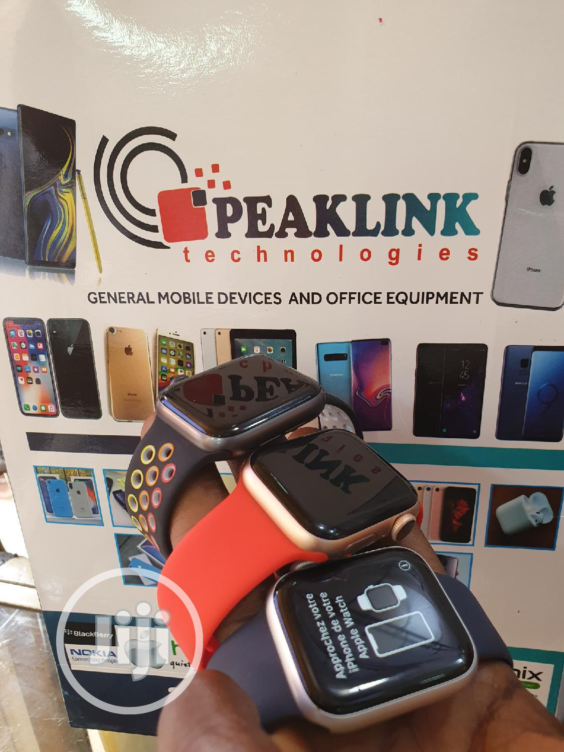 Apple Watch Series4 40MM | Smart Watches & Trackers for sale in Ikeja, Lagos State, Nigeria