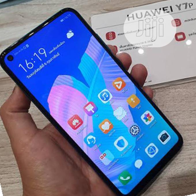 New Huawei Y7p 64 GB Green