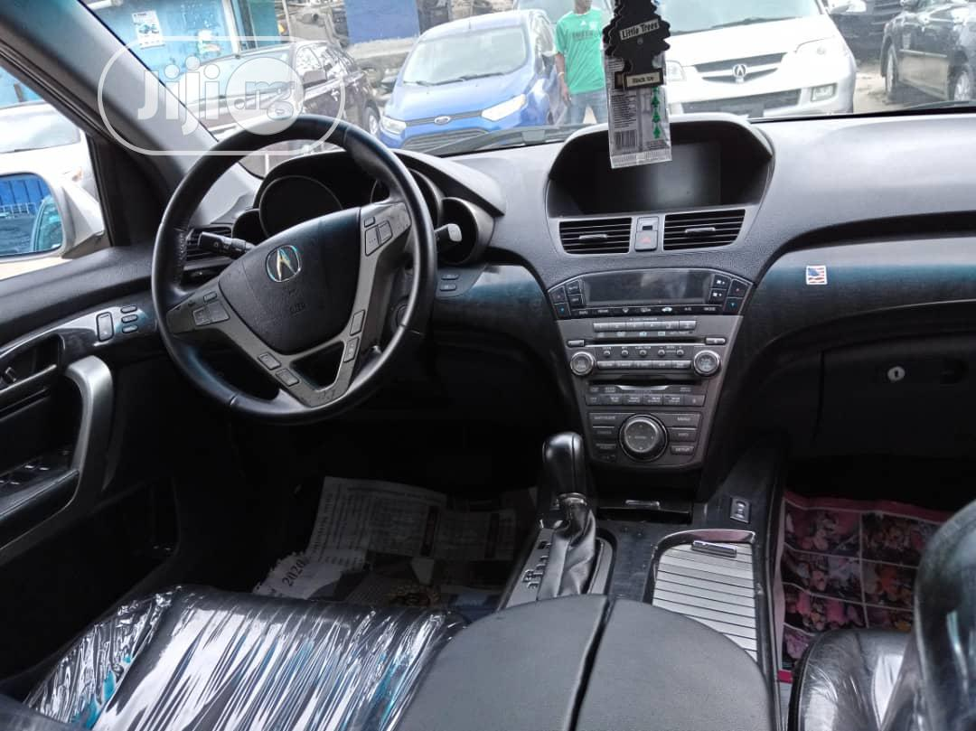 Archive: Acura MDX 2008 SUV 4dr AWD (3.7 6cyl 5A) Gray