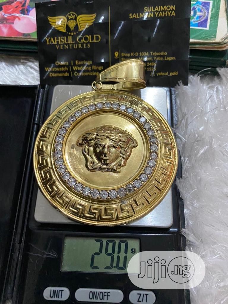 Archive: Versace Head 18 Carat Gold