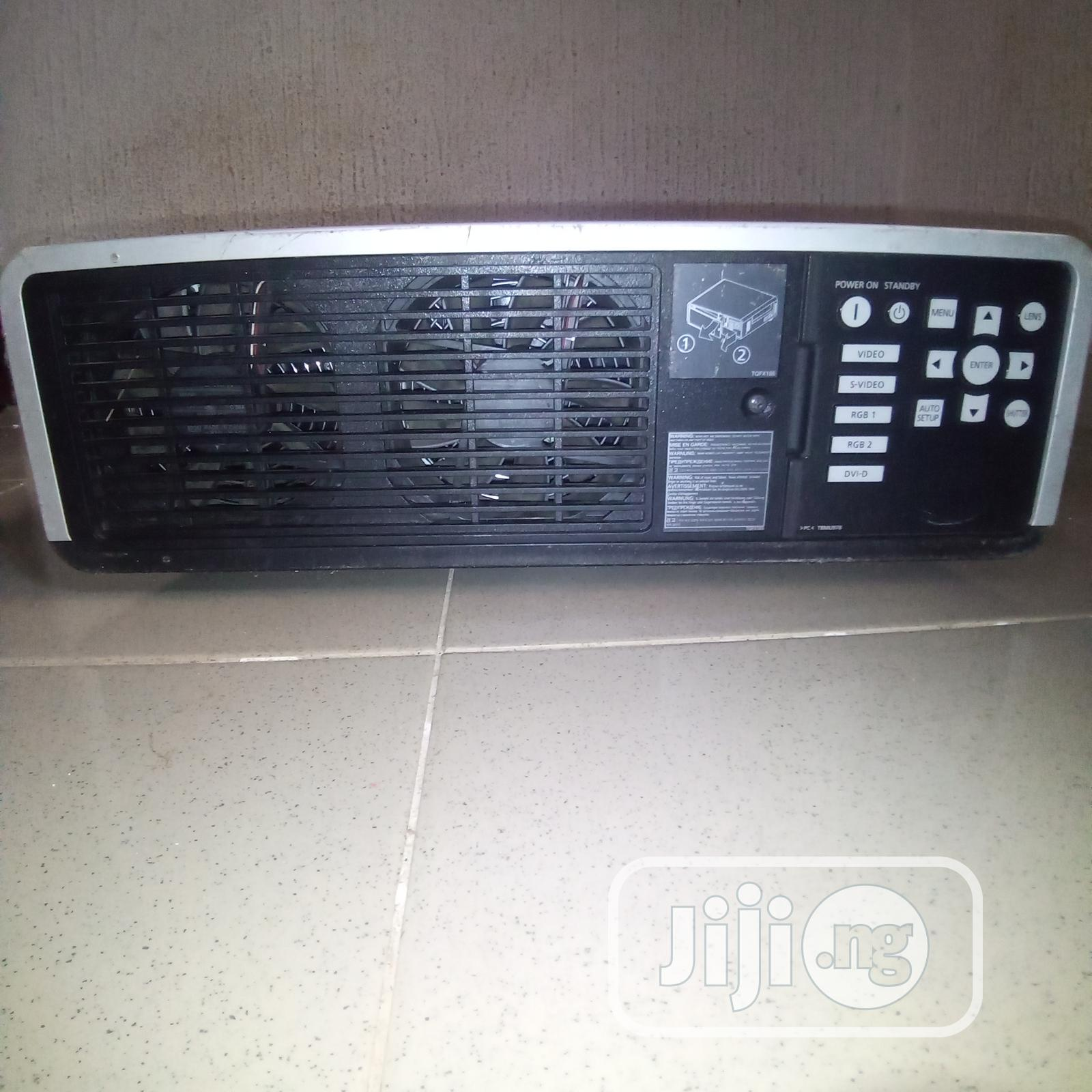 Strong 5000 Lumens Panasonic DLP Projector | TV & DVD Equipment for sale in Ogbia, Bayelsa State, Nigeria