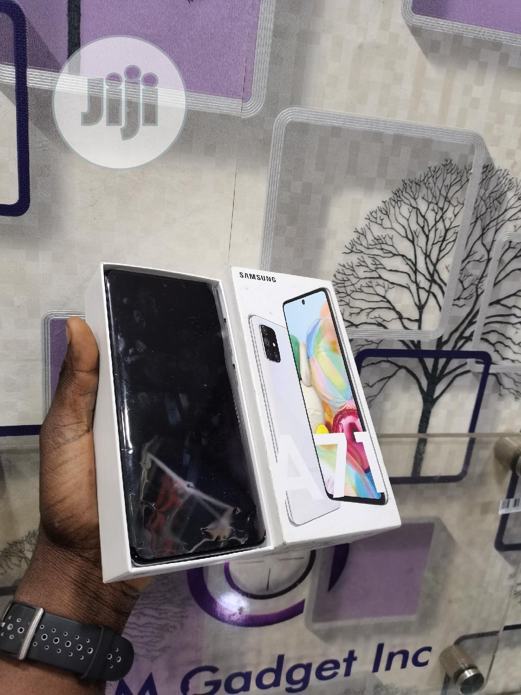 Samsung Galaxy A71 128 GB Silver