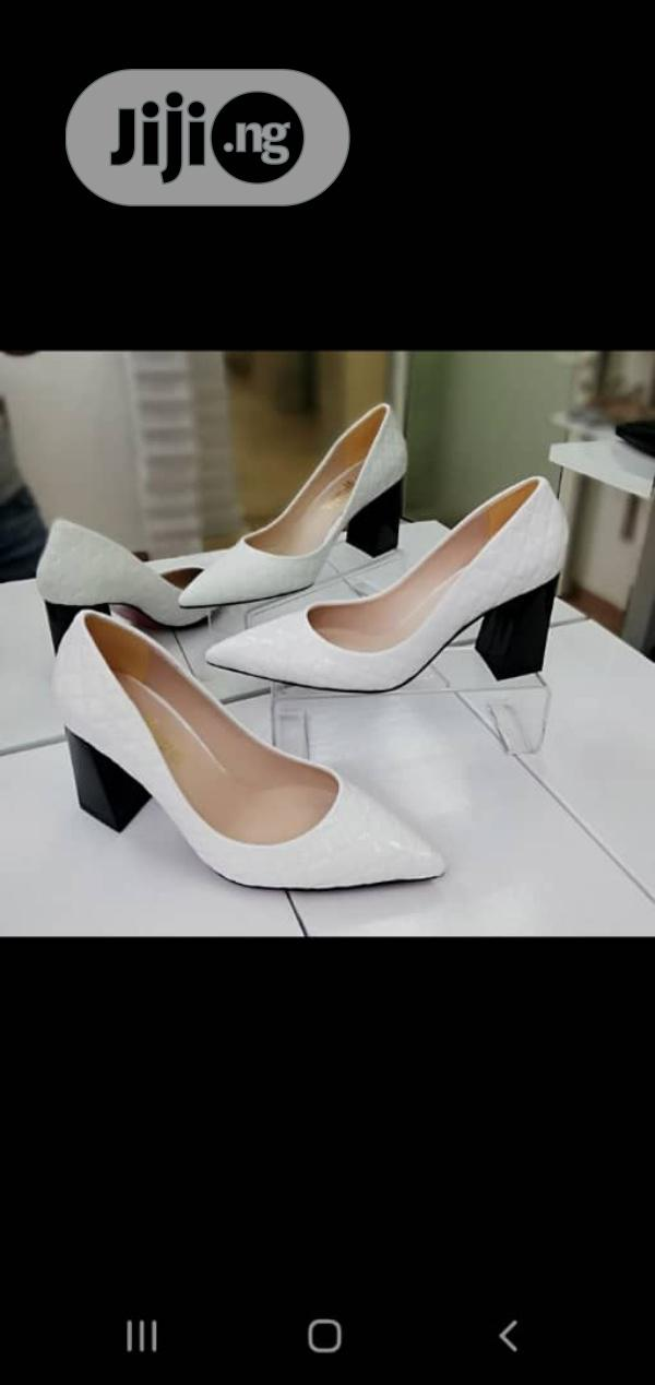 New Quality Block Heel Cover Shoes