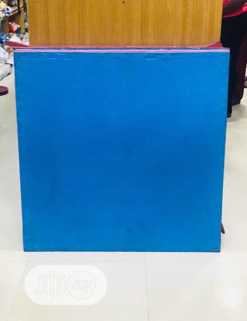 Archive: Brand New Yoga Mat (Blue)