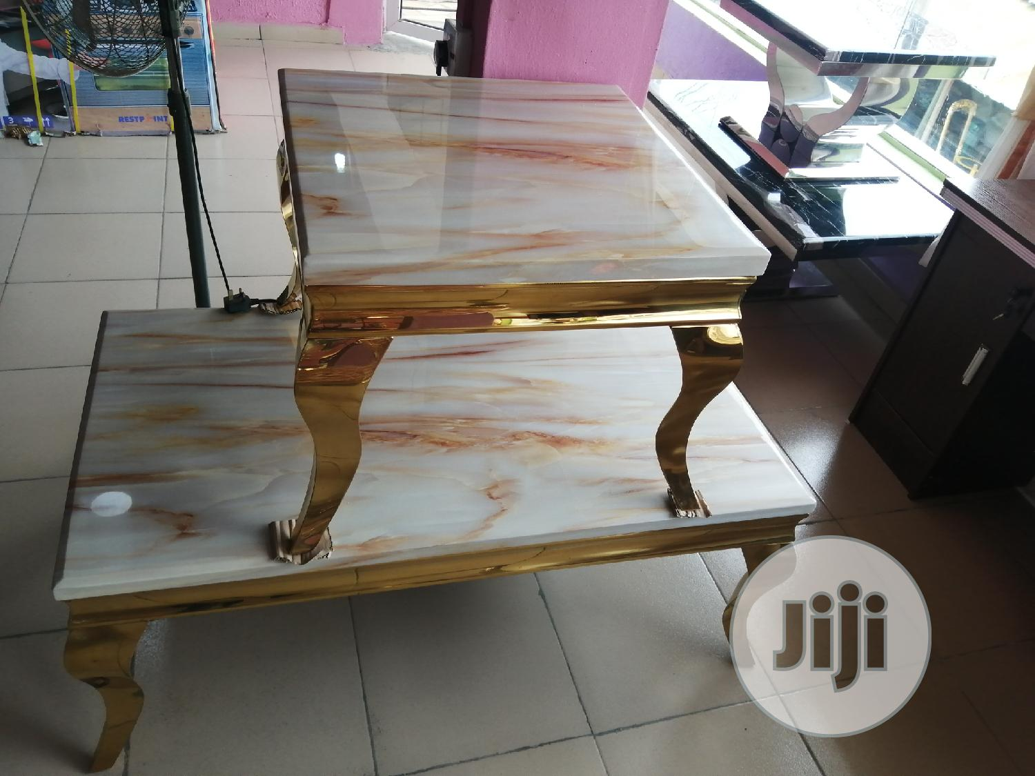 Quality Portable Gold Center Table With Two Side Stool
