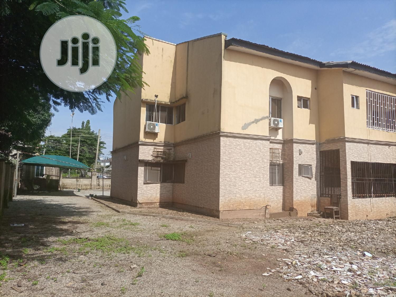 3bedroom Flat In Gwarimpa Distress Sale | Houses & Apartments For Sale for sale in Gwarinpa, Abuja (FCT) State, Nigeria