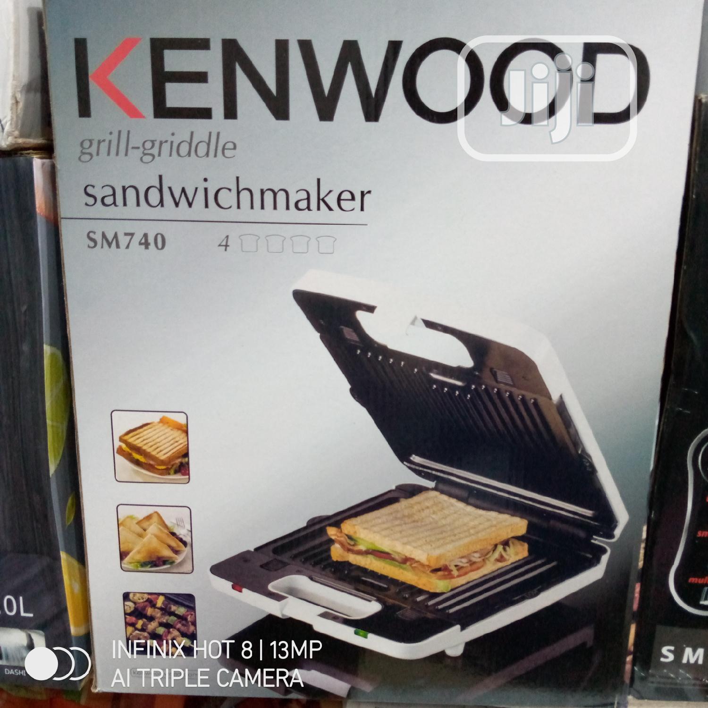 Kenwood 3 in 1 Sandwich Maker Grill 4 Face