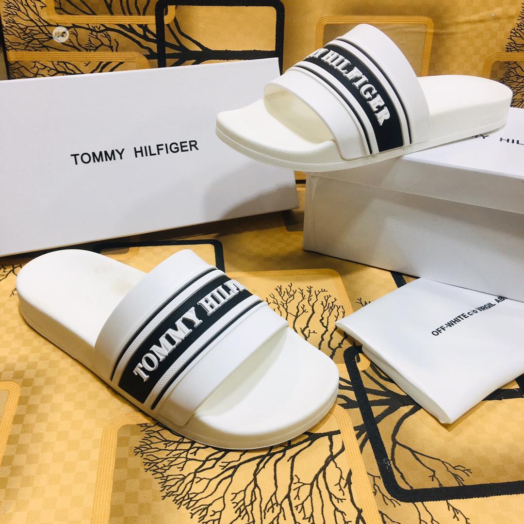 Slides - Tommy Hilfiger D111