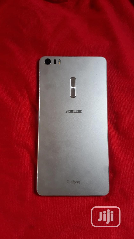Asus Zenfone 3 Ultra ZU680KL 128 GB Gold