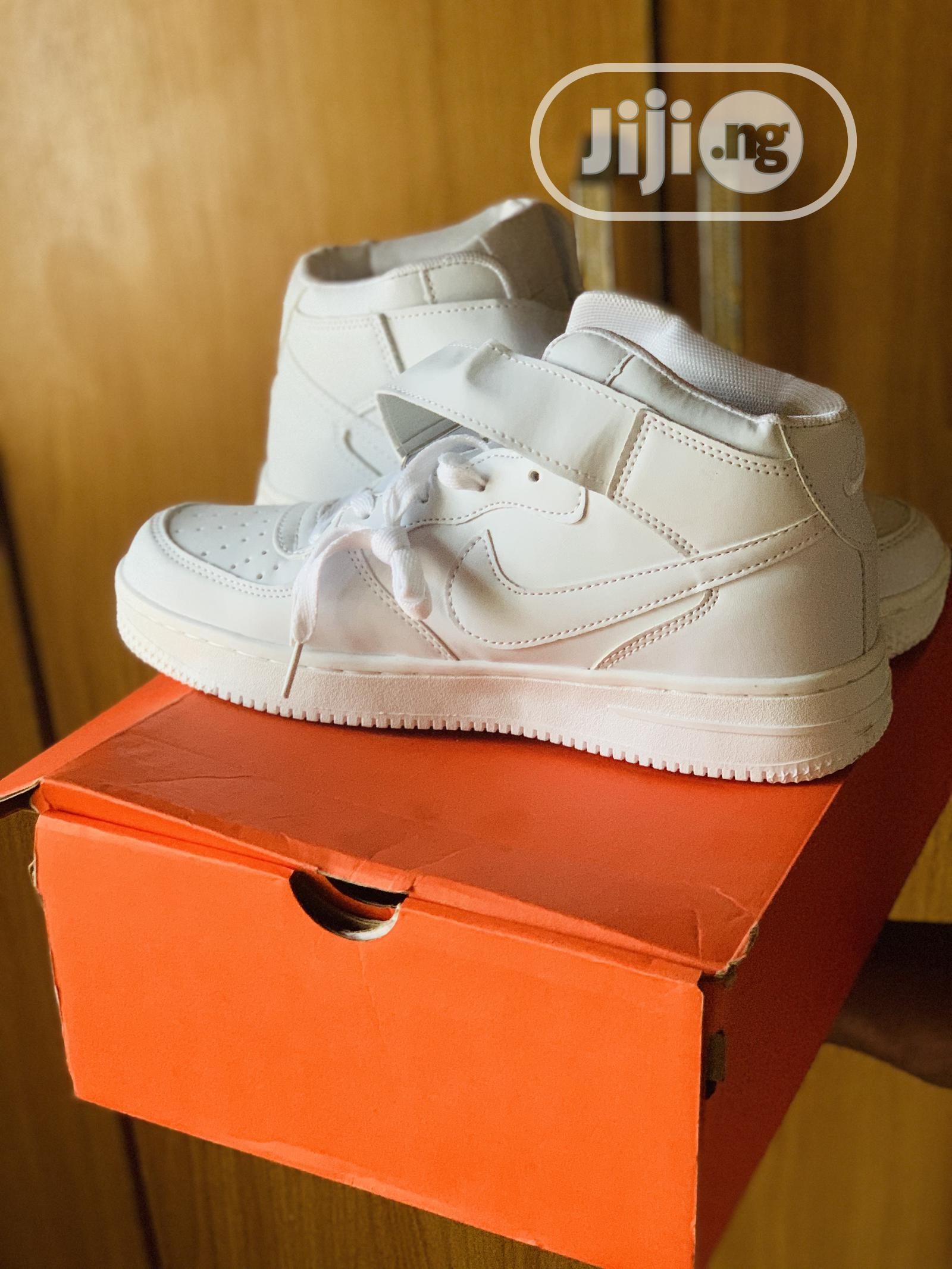 Archive: Brand New Nike Airforce 1. (High Top)