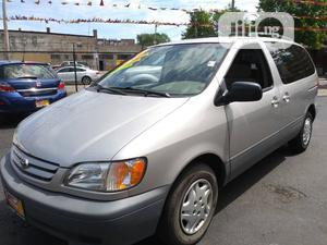 Toyota Sienna 2003 LE Gold   Cars for sale in Rivers State, Port-Harcourt