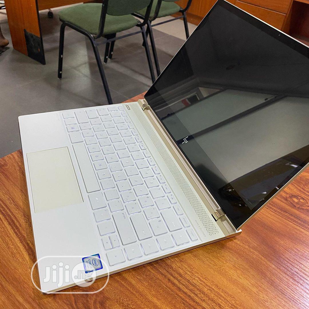 Archive: Laptop HP Spectre 13 8GB Intel Core I7 SSD 1T
