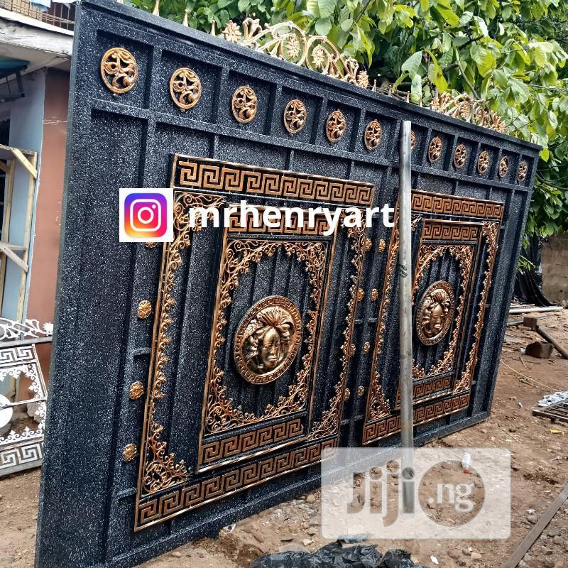 Versace Royal Gate