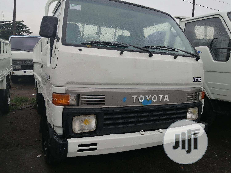 Toyota Dyna 100 Green Seat 1998 | Trucks & Trailers for sale in Apapa, Lagos State, Nigeria
